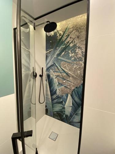 fototapeta-prysznic-podtynkowy-lazienka